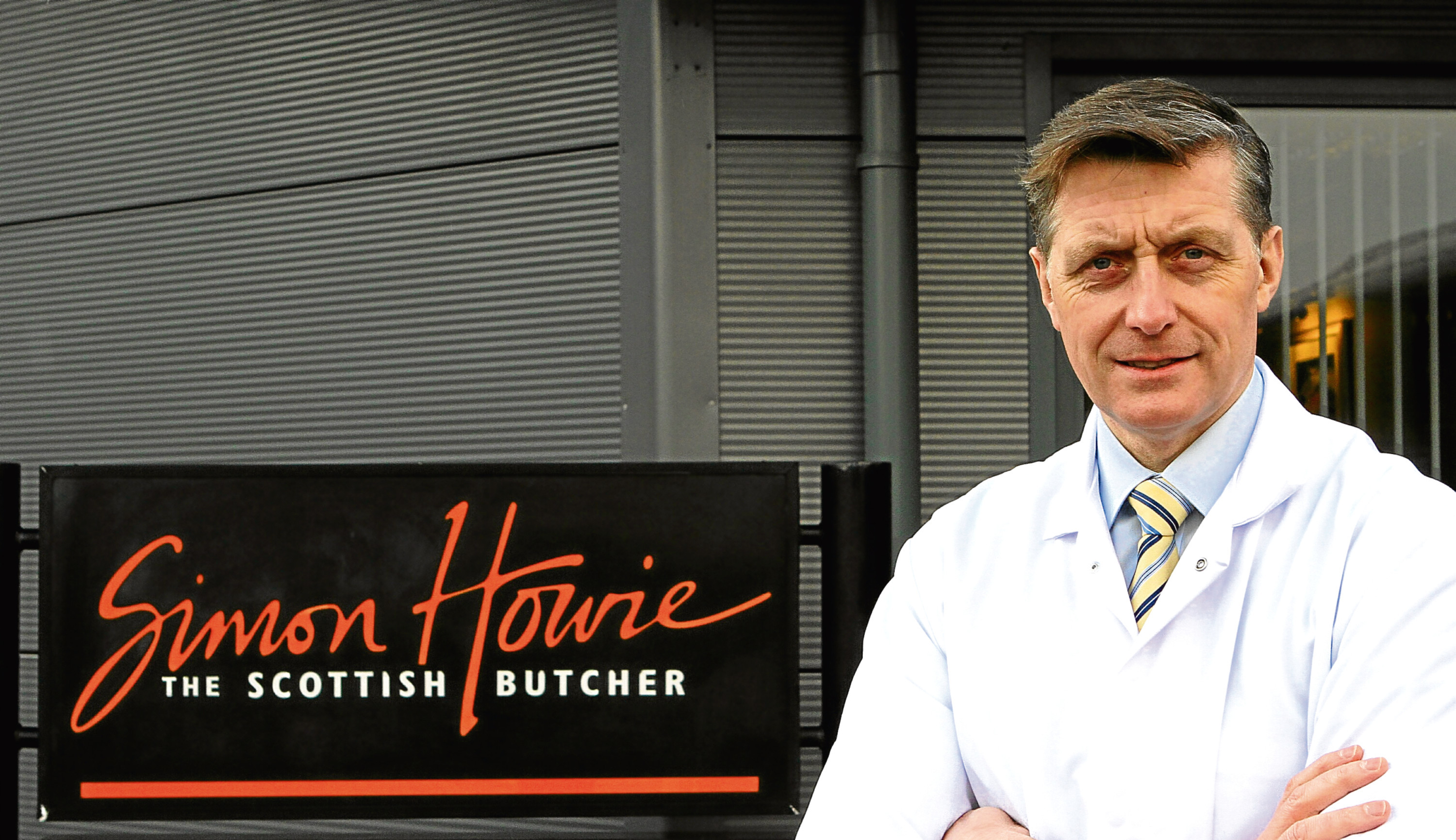 Courier Features - Caroline Lindsay story - Simon Howie and haggis - Dunning. 