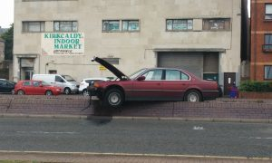 BMW beached following bizarre Kirkcaldy car accident
