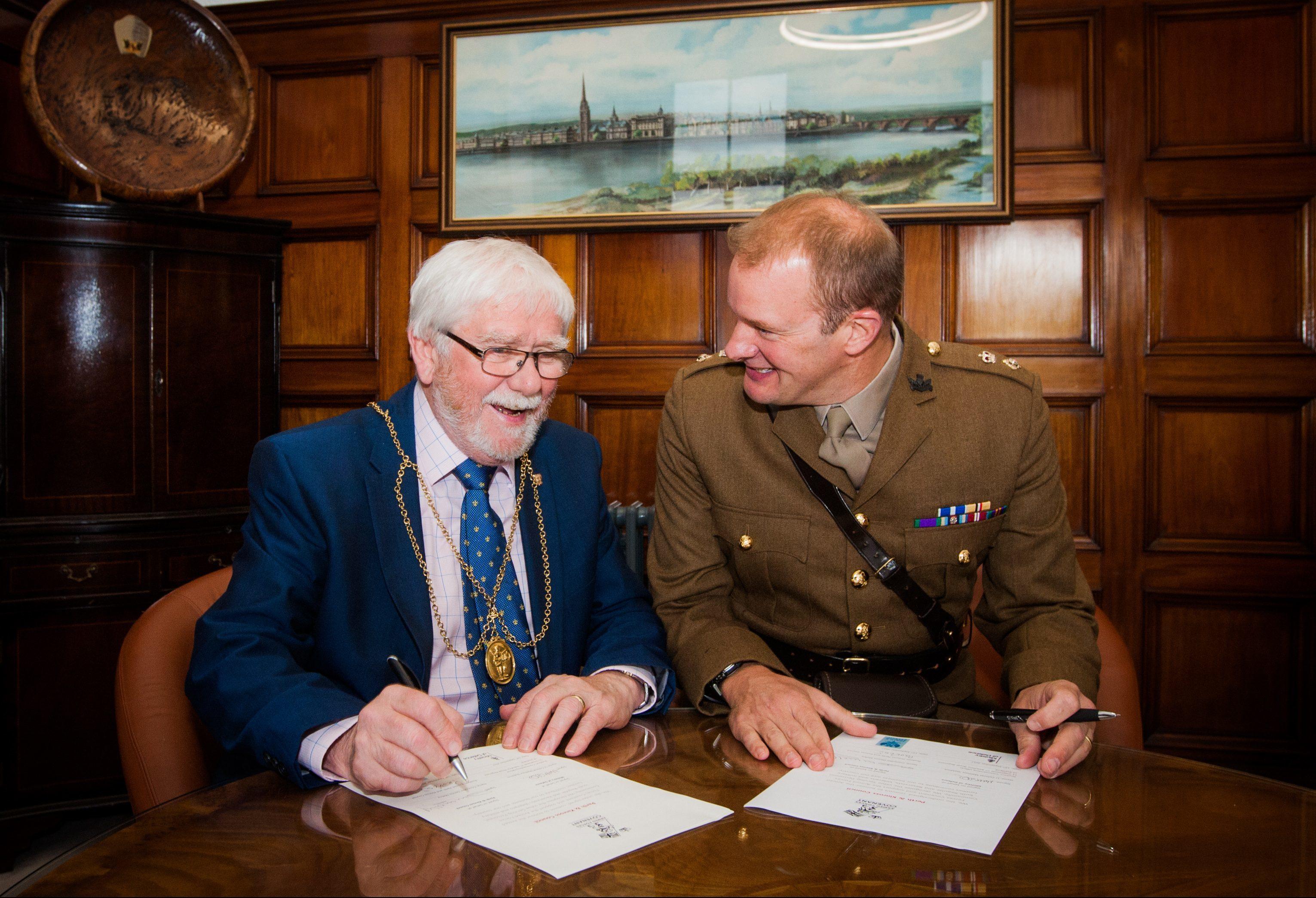 Picture shows Provost Dennis Melloy (left) and Lt Col Matt Sheldrick (c/o 7 Scots).