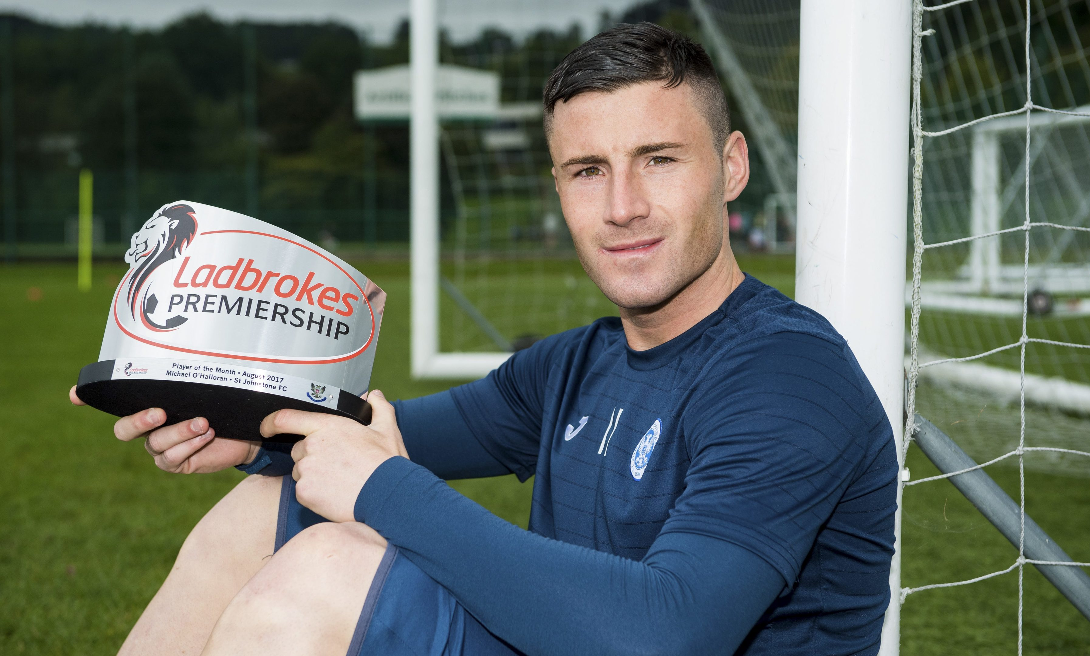 Michael O'Halloran with his Ladbrokes Premiership Player of the Month award for August.