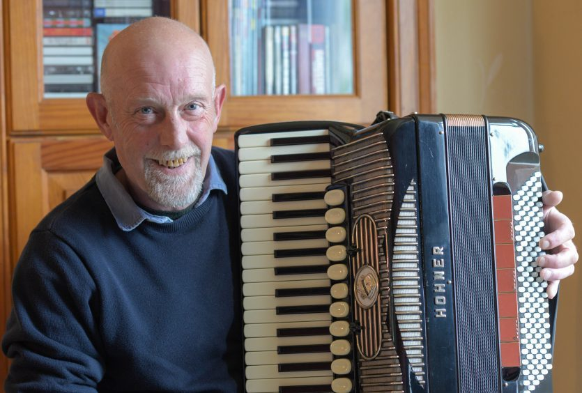 Fife-raised accordionist Bobby Crowe to be inducted into