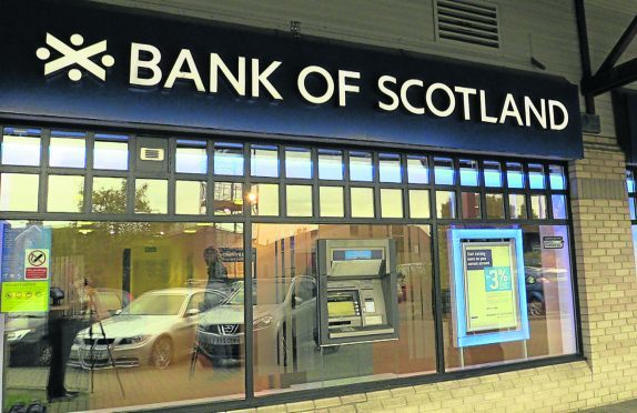 Bank of Scotland closures are planned in Lochgelly and Carnoustie.