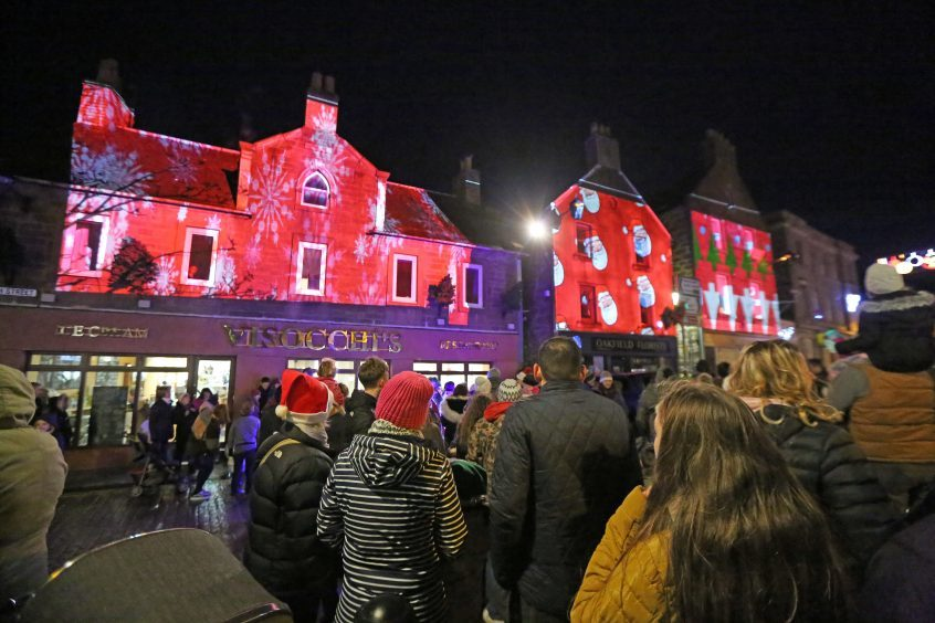 Kirriemuir lights switch-on.