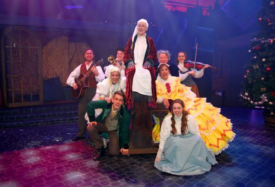 A Christmas Carol Cast.Rep Actor Laughs Off Latest Stage Mishap The Courier