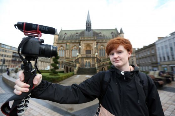 Callum Christie out and about in Dundee with his camera.
