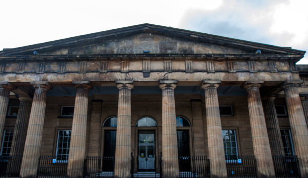 Illegal worker who lost leg says boss dumped him at hospital in Edinburgh, court hears - The Courier