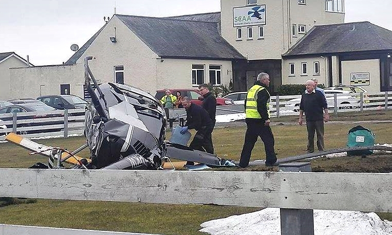 1 injured in helicopter crashed at Perth Airport in Scotland