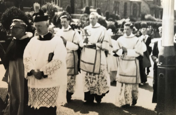 A scene from a pilgrimage in the 60s.