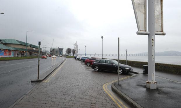 Riverside Drive, Dundee