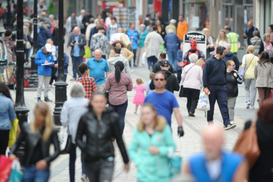 Dundee City Council figures show an upturn in the number of visitors by nearly 10% in the space of a year.
