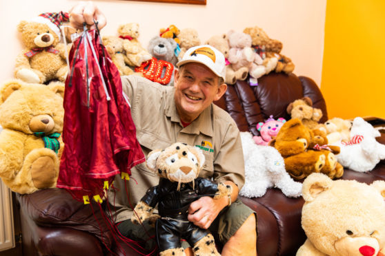 Alan Caulder-McNicoll  with the daredevil  teddy bears and mascot Liam the Leopard