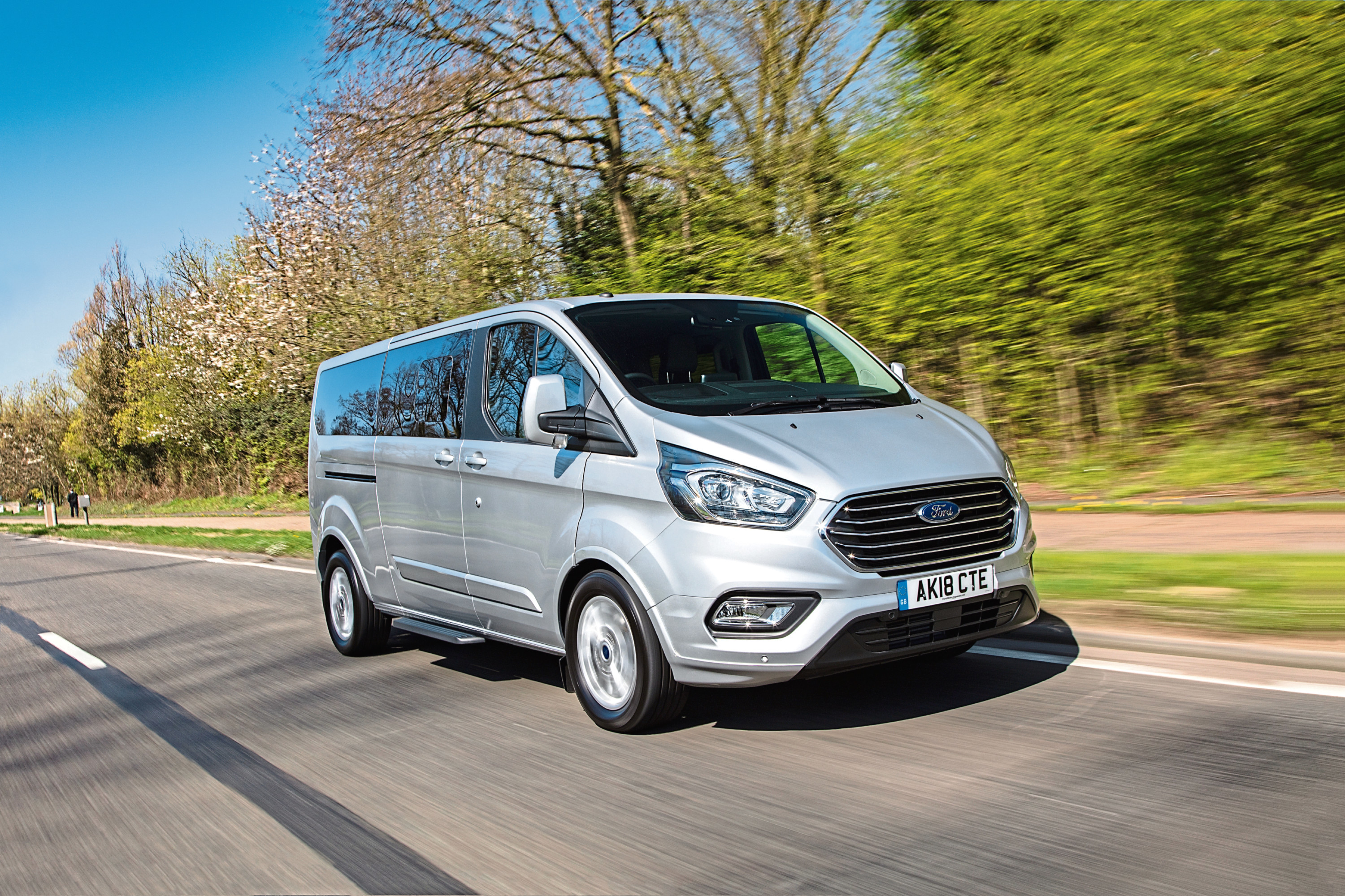 Ford Tourneo Custom A Huge People Carrier The Courier