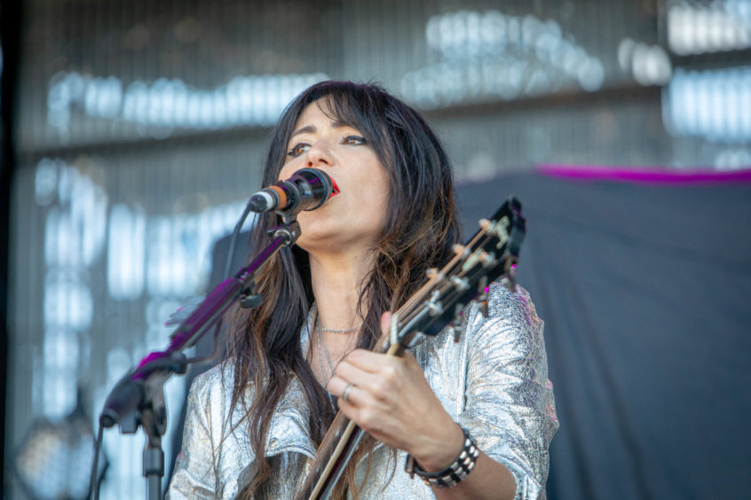 KT Tunstall played a solo show to open the night's entertainment.