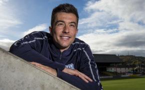 Cammy Kerr puts Jordan Jones incident behind him as Dundee seek first win under new boss