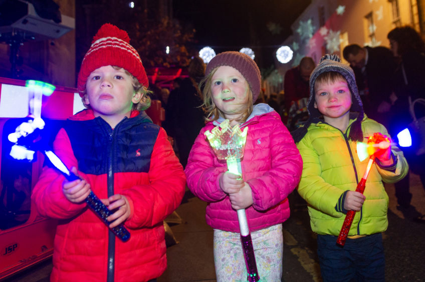 Theodore Sproson, Emma Donaldson-Nixon and Huey Gray brought their own lights to the show.