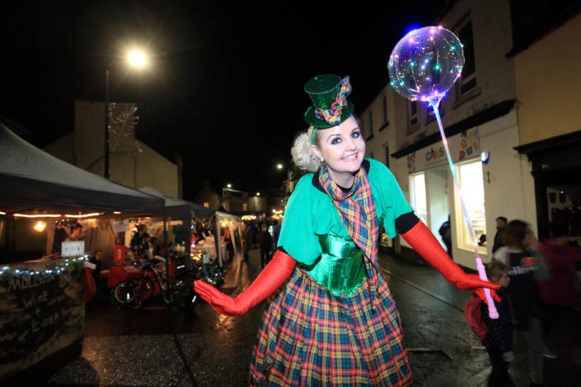 Street performer in Kinross High Street.