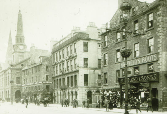 This picture was taken a few years after Peter's troubles and shows Dundee High Street in 1900.