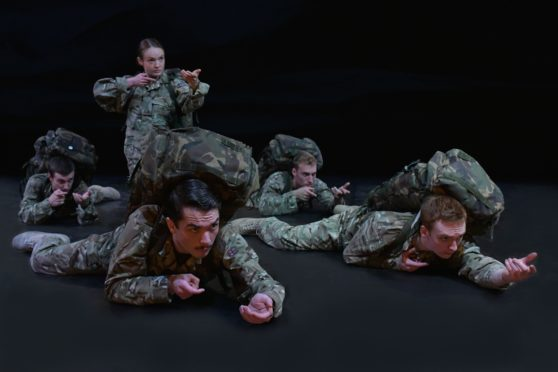The cast of 5 Soldiers.