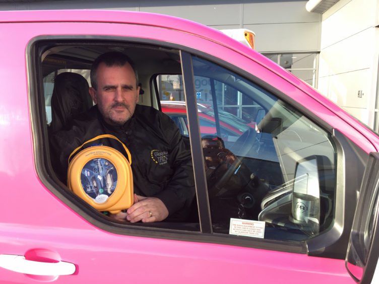 Scotland's biggest taxi firm, Glasgow Taxi's, has installed defibrillators in 15 of their Glasgow cabs and trained drivers how to help people having heart attacks.