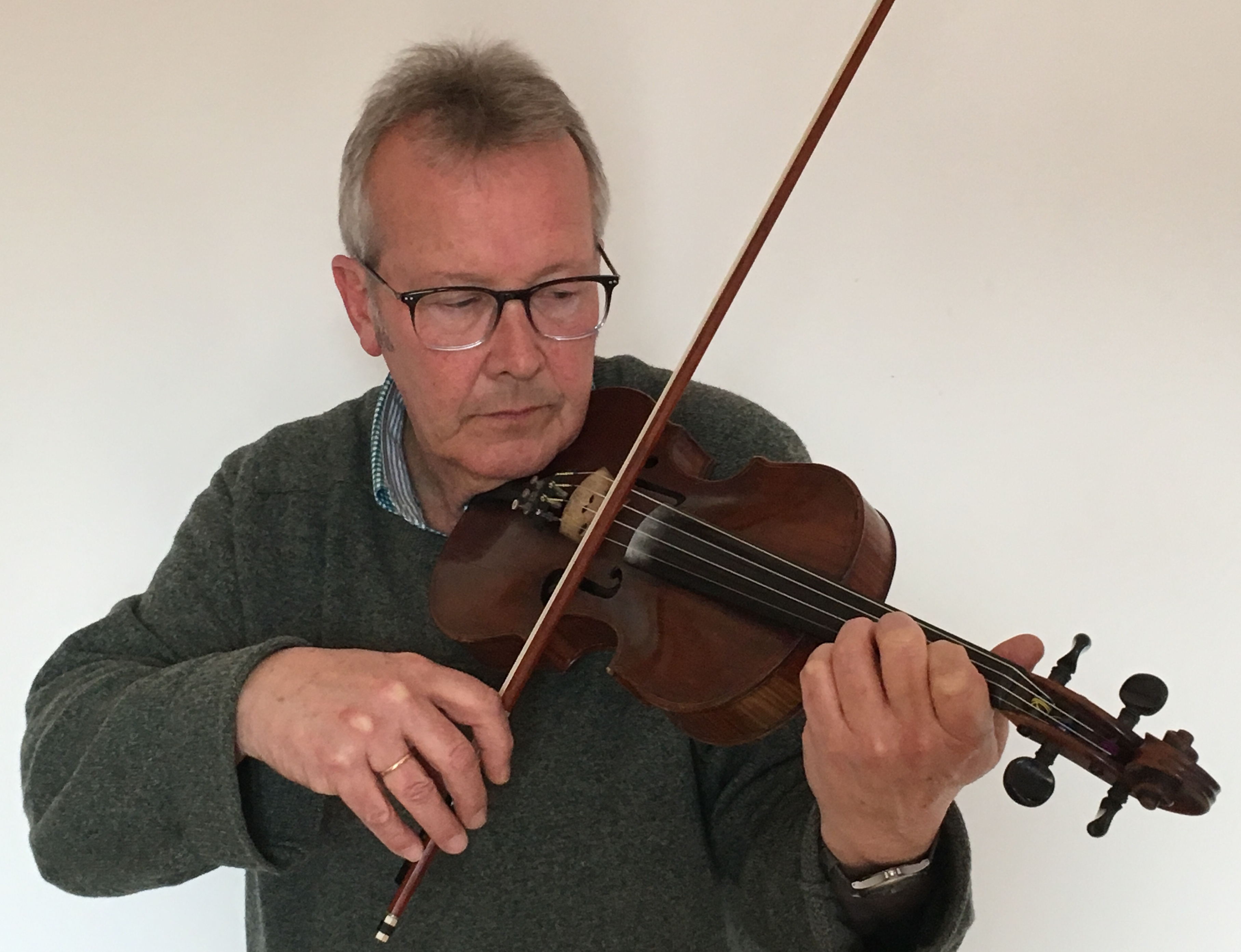 Niel Gow's fiddle sounds again in project to fund statue of