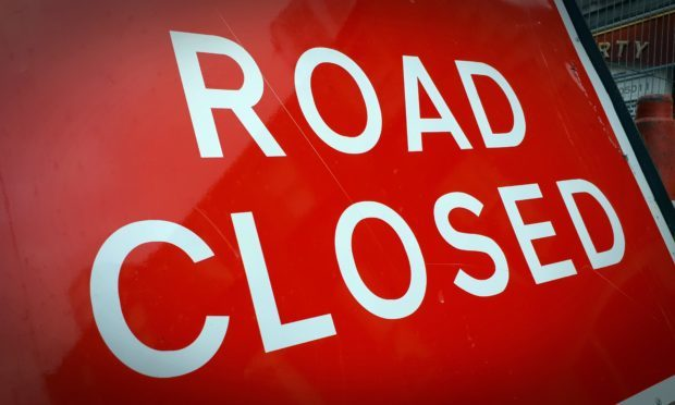 Montgomery Street in Kinross has been closed due to a traffic light failure