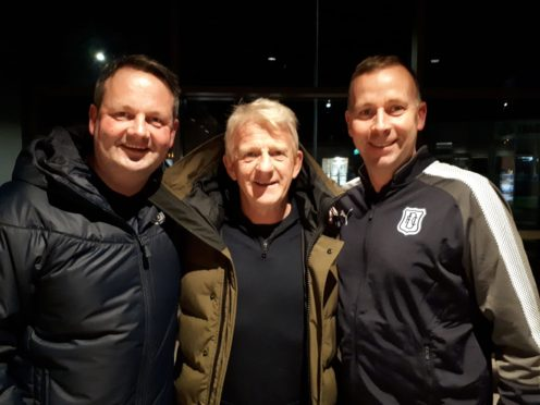 Stephen Wright with Gordon Strachan and Dundee's assistant academy head, Grant Petrie.
