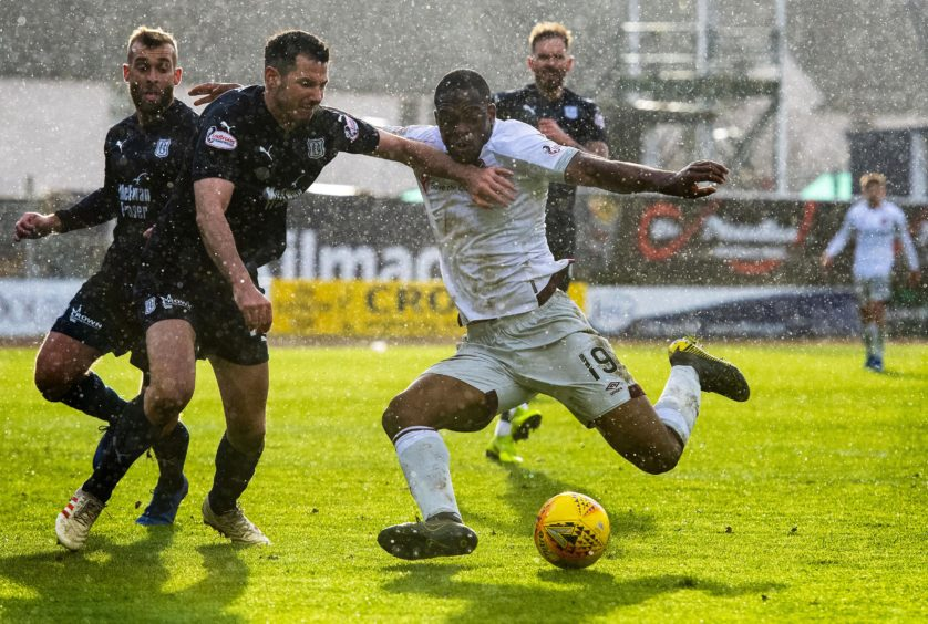 DUNDEE v HEARTS  THE KILMAC STADIUM AT DENS PARK - DUNDEE Hearts Uche Ikpeazu has a chance to score in the second half as the snow pours down in Dundee.