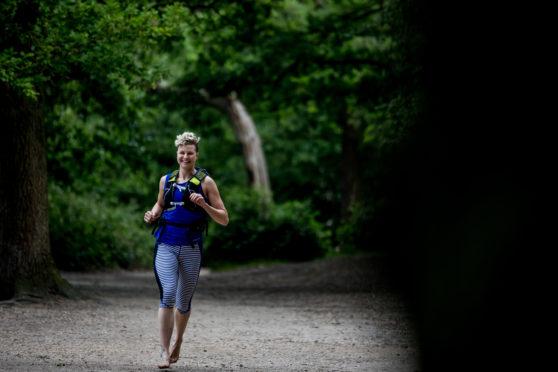 Barefoot Britain runner Anna McNuff