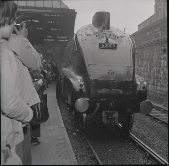 Union of South Africa Steam Engine at Taybridge Station.