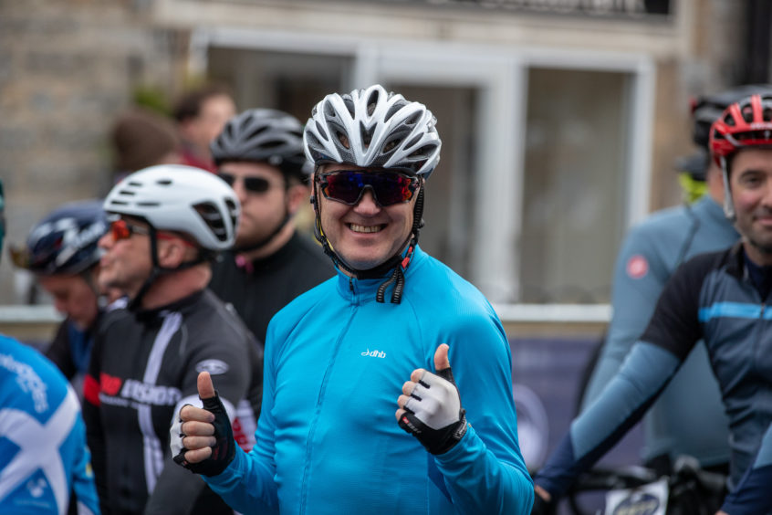 Hundreds of cyclists take part in Etape Caledonia