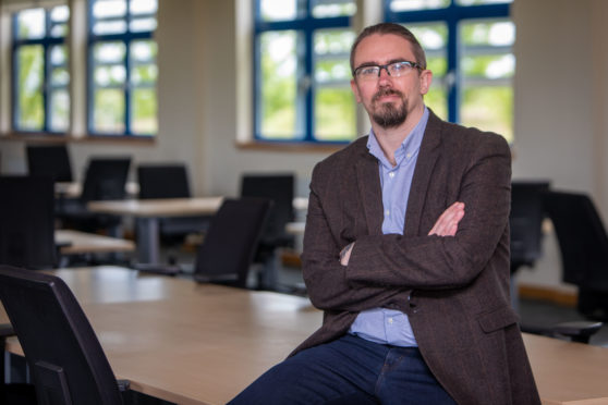 New customer contact centre will bring more than 200 jobs to Kirkcaldy - The Courier