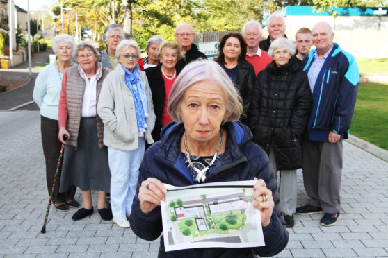 Residents of the Abbey Park Avenue Development are up in arms over plans to build student accomdation and a new hotel in Abbey Walk.  Picture shows; Residents of the Abbey Park Avenue Development with Dr Sandra Stewart.
