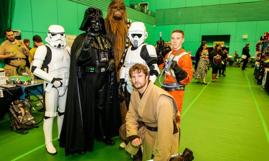UK Garisson, Rebel Legion, Galactic Academy.