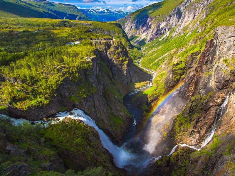 cruise from dundee - Voringfossen Waterfall