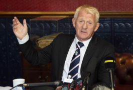 VIDEO: Watch Gordon Strachan's Dundee press conference as his career comes 'full circle'
