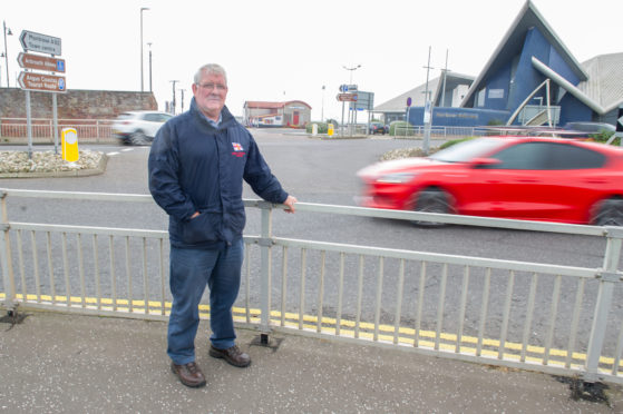"""Arbroath RNLI operations manager Alex Smith has branded the A92 plan """"ridiculous""""."""