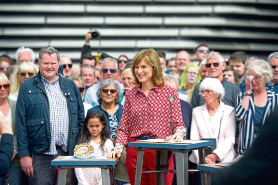 BBC announces when first episode of Antiques Roadshow at V&A Dundee will air - The Courier