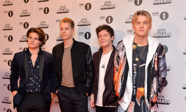 Stars from The Vamps, Linkin Park and Genesis join Justin
