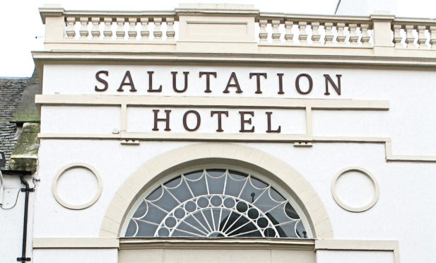 Courier News - Perth story - Winners & losers in rates changes - Perth.