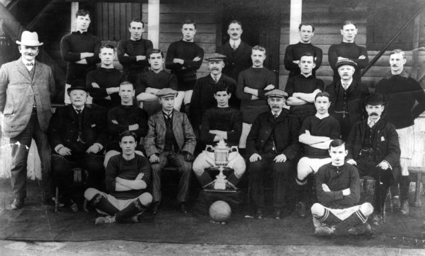 The Dundee FC Scottish Cup winning team which featured Jimmy Bellamy.