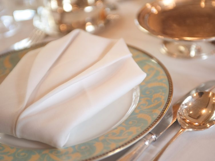 Table Setting Northern Belle