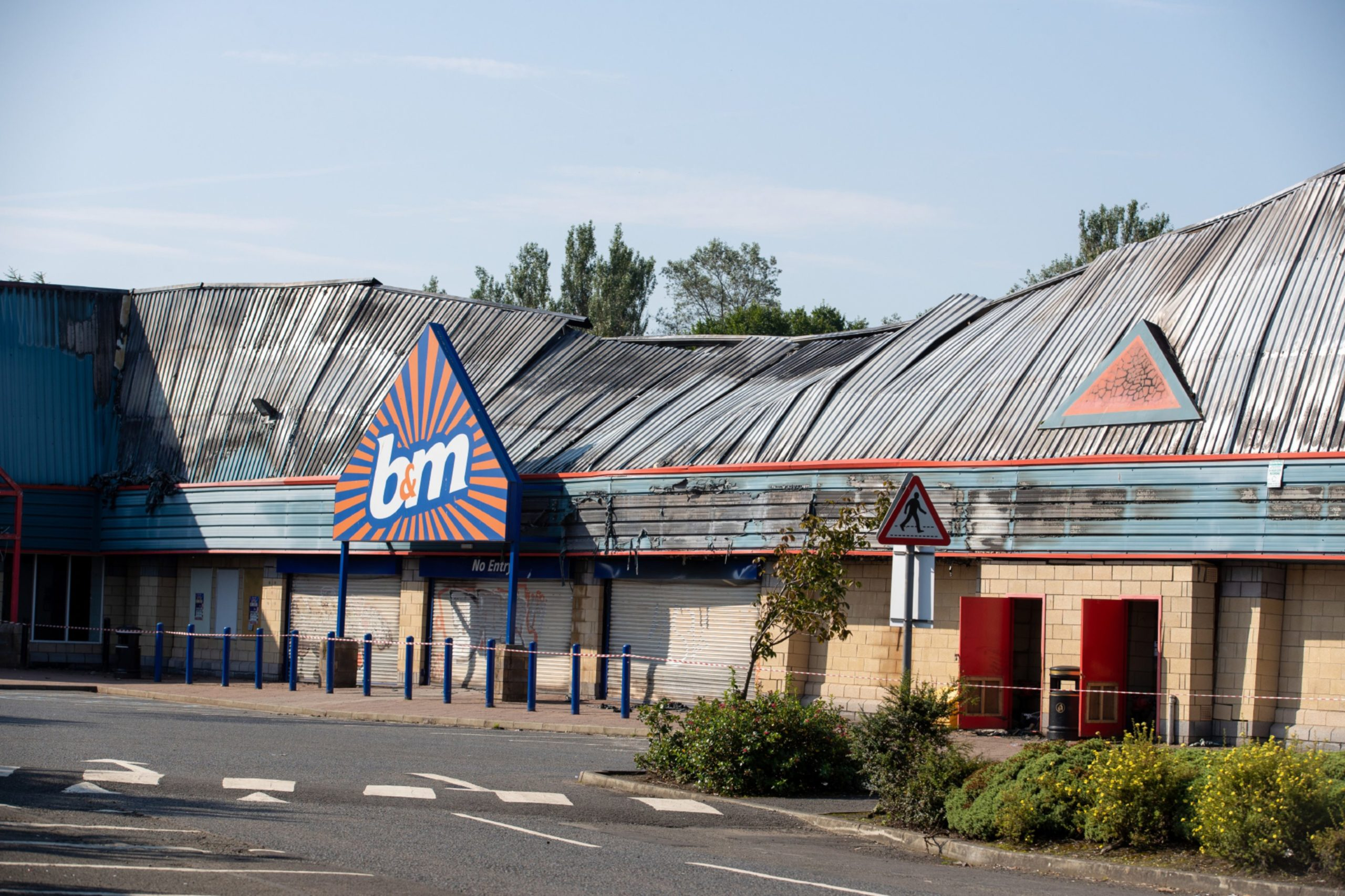 B M To Reopen In Perth In May After Store Was Destroyed In Fatal Fire